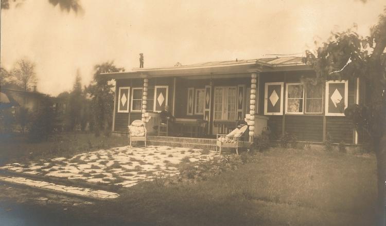 Alexander Haus - 1927